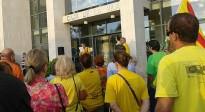 Uns 500 cambrilencs surten al carrer per reclamar poder votar el 9-N