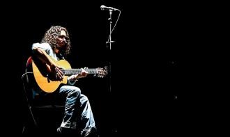 La guitarra de Raimundo Amador exalça el mestissatge flamenc al MMVV