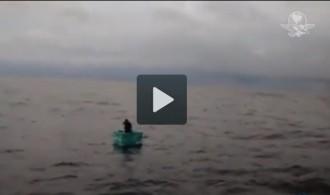 Un nàufrag sobreviu vuit dies a la deriva en una gelera mexicana
