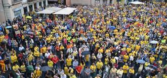 Vés a: Resposta històrica de Manresa, amb 4.000 persones a la plaça Major