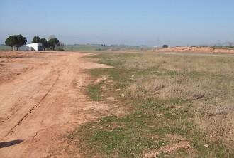 L'aeròdrom de Sant Fruitós porta mig any fent paracaigudisme sense llicència