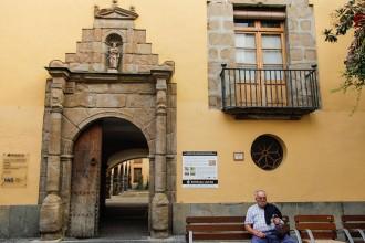 L'Oficina de Turisme d'Olot anirà al xamfrà de St. Rafel amb el Dr. Fàbregas