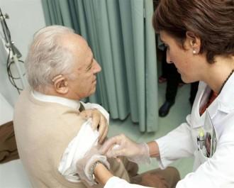 Arrenca la vacunació contra la grip a Catalunya amb 1,2 milions de dosis