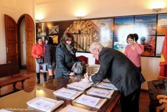 Puigcerdà concedeix ajuts a les famílies per a pagar els llibres escolars