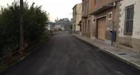 Acaben els treballs de millora de paviment al carrer de la Pujada Roja