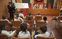 Un saló de sessions ple de canalla celebra el Dia dels Drets dels Infants