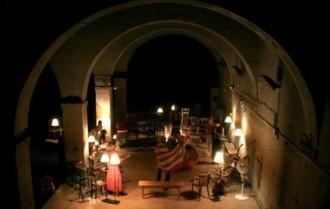 Vés a: Tot a punt per «Renéixer», una obra teatral interactiva sobre el cava