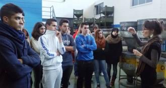 Alumnes d'Arrels II van visitar l'empresa SIMET
