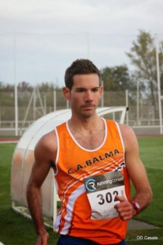 El palauenc Adrià Galin fa tres rècords sub23 de marxa atlètica a França