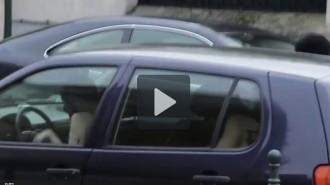 Vés a: Un grup de dones nues segresta un capellà com acció de protesta