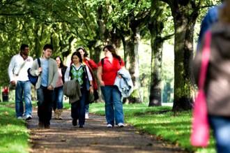 Vols saber quins són els estudis universitaris que menys s'abandonen?