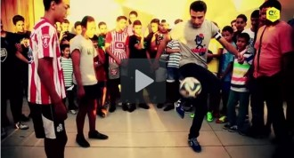 Vés a: Vídeo: Joves de Terrassa fan malabarismes amb la pilota