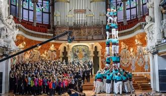 El Palau felicita el 2015 amb un espot amb 1.300 figurants