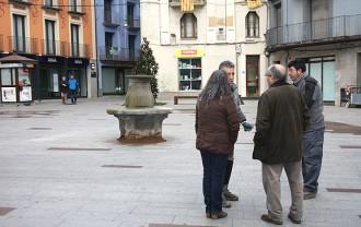 L'oposició qüestiona el «procés participatiu» per fer tornar el banc a la plaça Sant Eudald