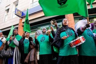 Vés a: La PAH Garrotxa amenaça d'ocupar Bankia si no renegocia 15 hipoteques