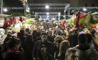 Obre la Fira de Santa Llúcia de Barcelona