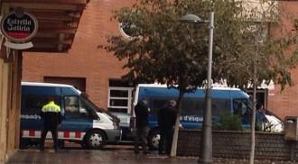Mossos i Guàrdia Urbana fan una batuda en un local canàbic