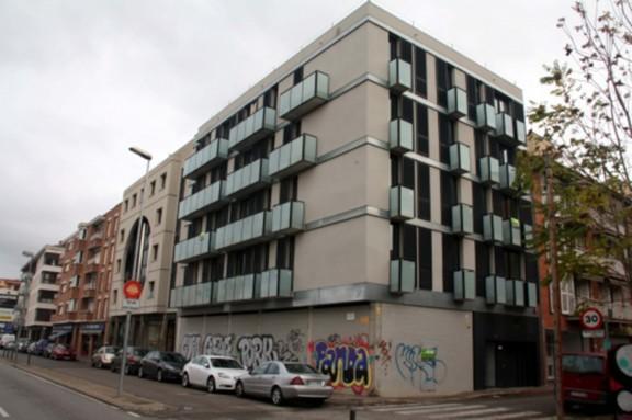 Primera multa de l'ajuntament de Girona contra un banc per tenir pisos buits