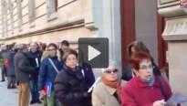 Vés a: Vídeo: Espectaculars cues per les #autoinculpacions9n