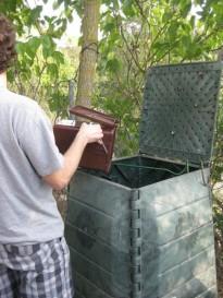 Vés a: 560 llars del Solsonès ja disposen d'un compostador