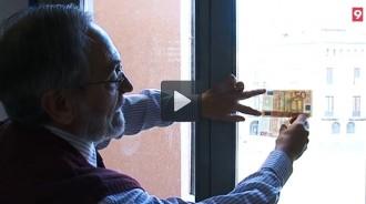 Els Mossos d'Esquadra expliquen com detectar bitllets falsos