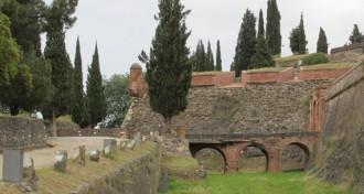 Millores a la fortalesa d'Hostalric per millorar-ne la visita