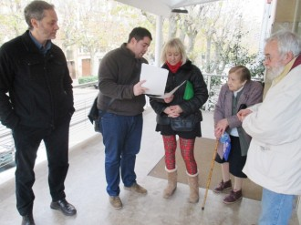 ICV i EUiA presenta al CAP de Solsona la campanya per facilitar el retorn de l'euro per recepta
