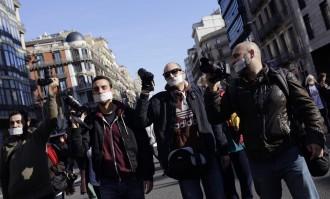 Vés a: Barcelona, contra la «llei mordassa»