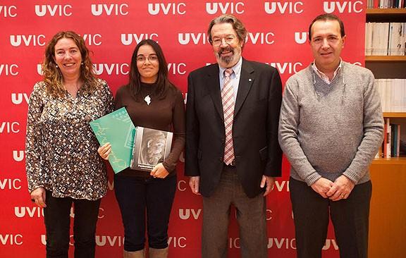 Irene Lara, primera estudiant de la Universitat de Vic becada per Ripoll