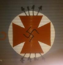 La Farmàcia Torrents de Granollers apareix amb una pintada feixista