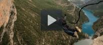 Vés a: Espectacular rècord mundial de salt al buit des de Mont-Rebei