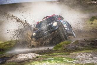 Nani Roma s'enfila fins a la 30a posició al Dakar