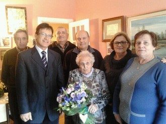 Loreto Castany, de Vic, compleix 100 anys