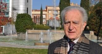 Jordi Labòria trenca el carnet del PSC