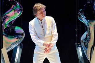 Pep Bou porta el seu món de bombolles diumenge al Kursaal