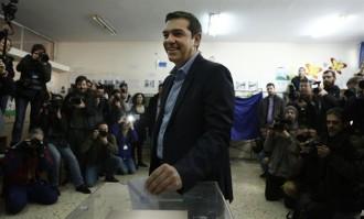 Grècia vota sota la mirada d'Europa
