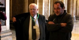 Vés a: La història andorrana d'un coronel de la Guàrdia Civil arriba al Parlament