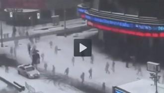 Vídeos i fotografies de la tempesta de neu de Nova York