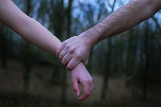 Un terç dels joves veu «acceptable» controlar a la seva parella