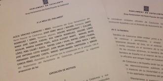 El PP proposa multar amb 6.000 euros hissar estelades als col·legis