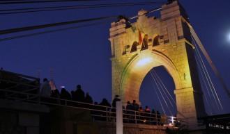 Amposta commemora el centenari de l'inici de la construcció del pont penjant