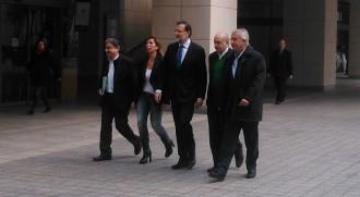 Vés a: Rajoy exhibeix «creixement» davant «els que pinten una Espanya negra»