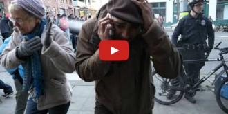Vés a: Vídeo: Nova polèmica als EUA per una policia ruixant un jove amb gas pebre