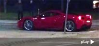El nou Ferrari 488 passeja per Tortosa abans del seu debut mundial a Ginebra