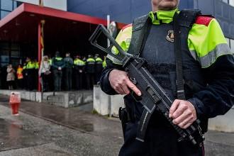 Vés a: Els Mossos reforcen la seguretat contra el jihadisme durant la Setmana Santa