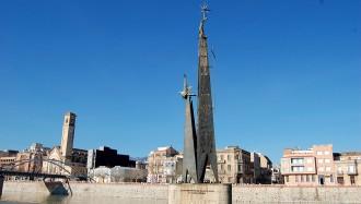 L'alcalde de Tortosa, denunciat al TS per mantenir el monument franquista
