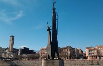 El Suprem arxiva la denuncia contra Ferran Bel pel monument franquista