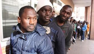 Més de cent immigrants reclamen «papers per a tothom» a Granollers