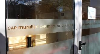 Imputen el director del CAP Muralles per un cas de «portes giratòries»