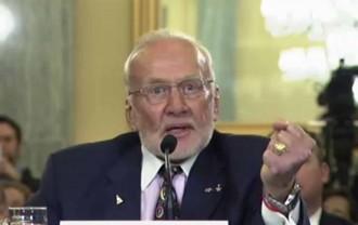 Buzz Aldrin: «Estats Units necessita una colònia permanent a Mart»